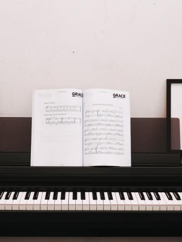 Đàn Piano Điện Yamaha CLP-550