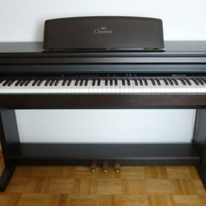 Đàn Piano điện Yamaha CLP 154